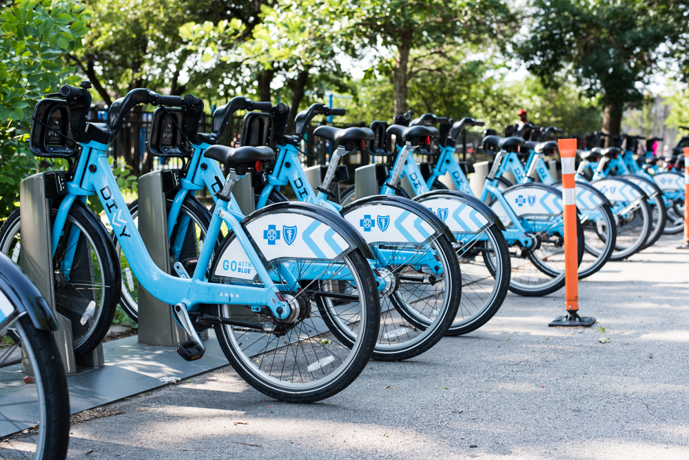 Some neighborhoods still waiting for city to divvy up bike-share ...