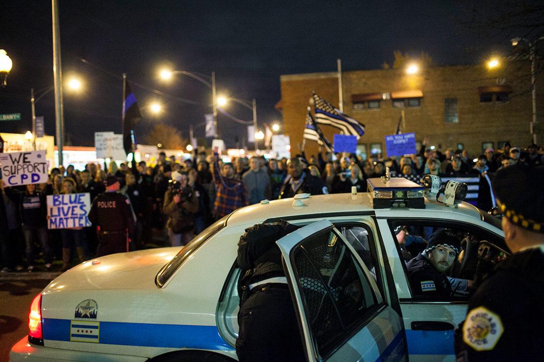 Blue Lives Matter rally, Mount Greenwood